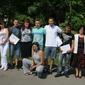 Дипломираните ученици и техните учители
